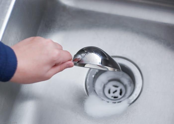 5 روش برای باز کردن لوله های ظرف شویی
